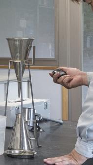 分散剤添加による粘性低下効果